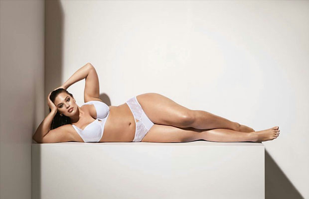 Model plus size ternama Ashley Graham